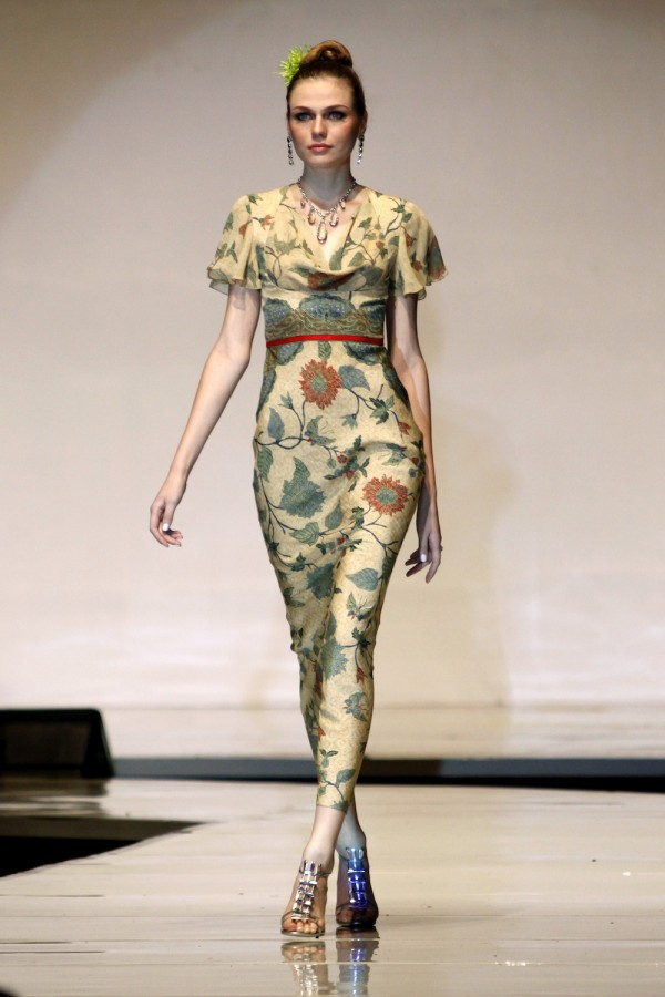 ... and Japanese Designers at World Batik Summit 2011 - Female Daily