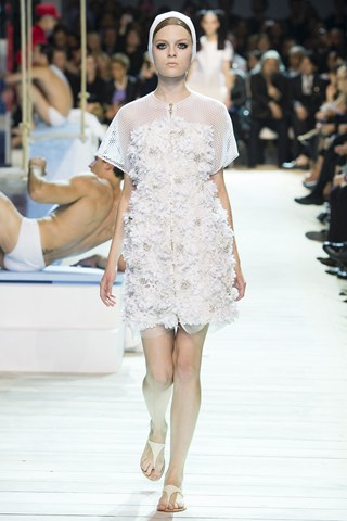 Simple Wedding Dress Ideas from Spring 2013 Ready to Wear - Female Daily