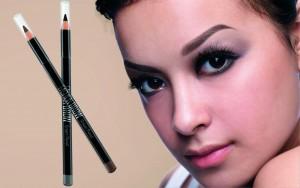 Membuat Eye Makeup yang Eyemazing  dengan Pensil Alis Fashion Brow