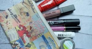 3 Cara Mudah Mencegah Bibir Kering dan Pecah-Pecah