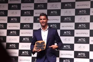 Rahasia Wajah Tampan dan Perut Six Pack Cristiano Ronaldo