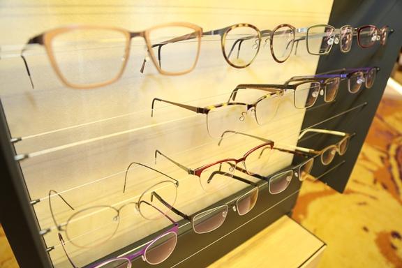 kacamata-LINDBERG