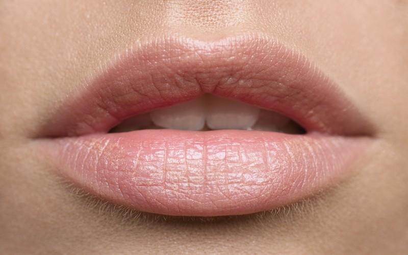 bibir-pink-alami