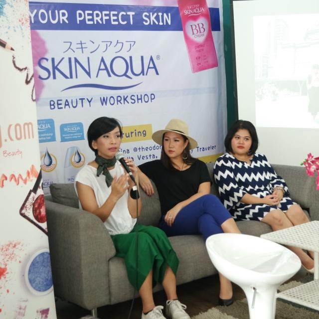 skin aqua female daily