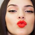 Rayakan Imlek dengan 5 Lipstick Nuansa Oranye Ini!