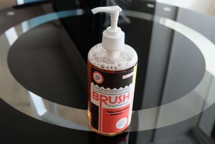 the soap corer brush best firend