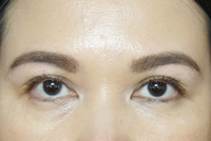 Benefit-They're-Real-Tinted-Eyelash-Primer-After1