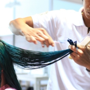 4 Rekomendasi Salon Potong Rambut di Jakarta