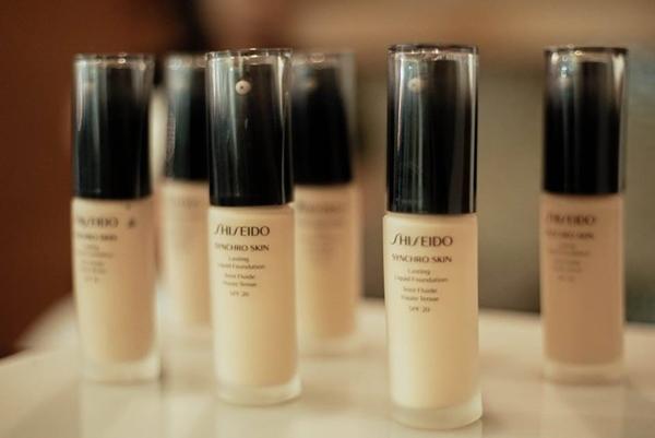 Shiseido Synchro Skin Foundation 1