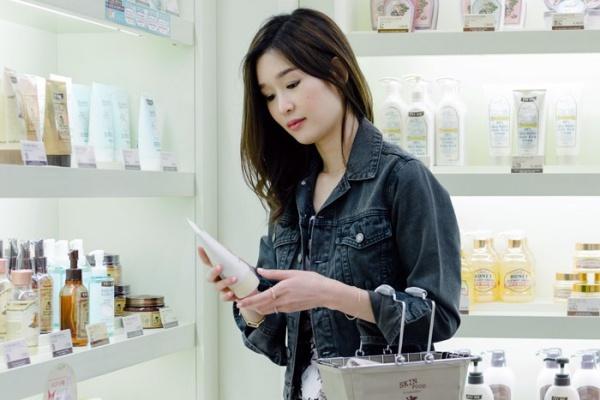 beauty-2015-05-soko-glam-00