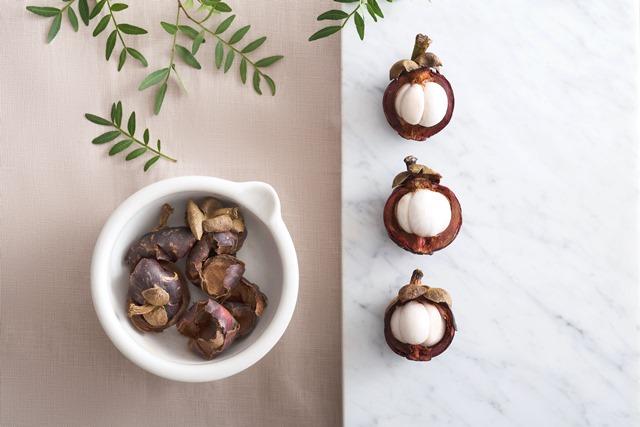 kulit-manggis-herbana-jerawat-1
