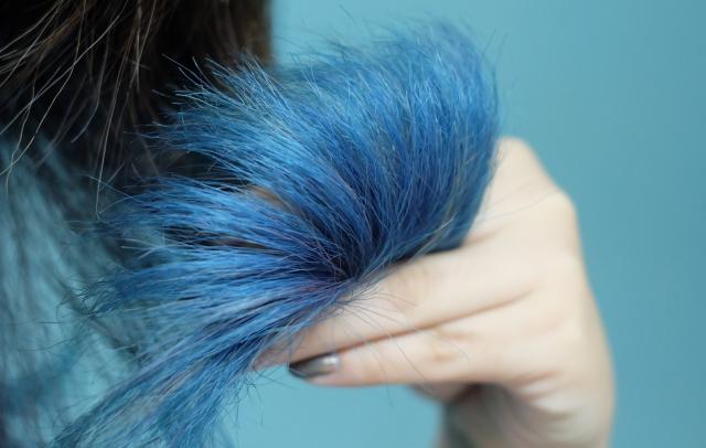 Tips Mengakali Rambut Kering: Rusak