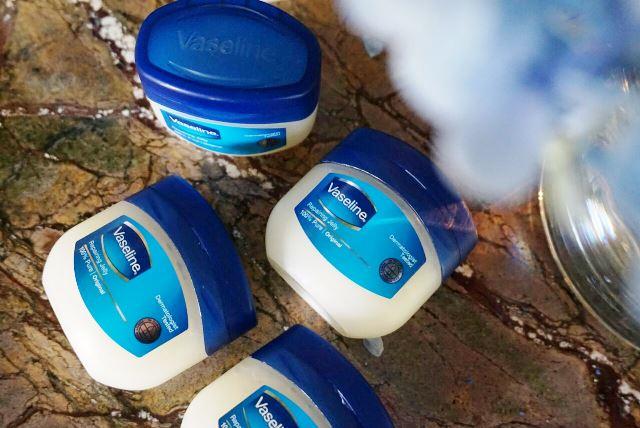 vaseline-repairing-jelly-indonesia-1
