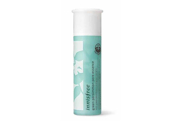 Berbeda dengan dua produk di atas, Green Persimmon Pore Essence ini nggak mengandung alkohol ataupun fragrance di dalam ingredients-nya.