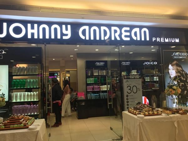 Johnny Andrean Salon Premium 1