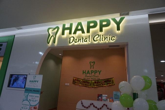 memutihkan-gigi-happy-dental-dokter-5